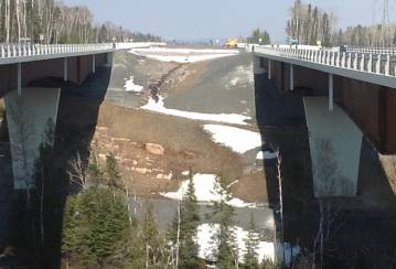 Mackenzie River Twin Bridges, Ontario, Canada - Joint Fill